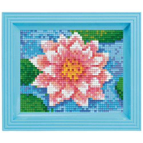 Pixelbild mit Rahmen Wasser Blume